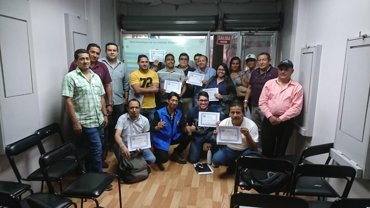 Curso en grupo de camarón y tilapia. Guayaquil